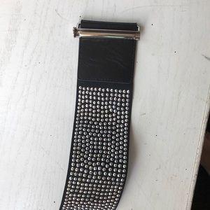 Express studded belt